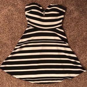 Wet seal Strapless v neck dress
